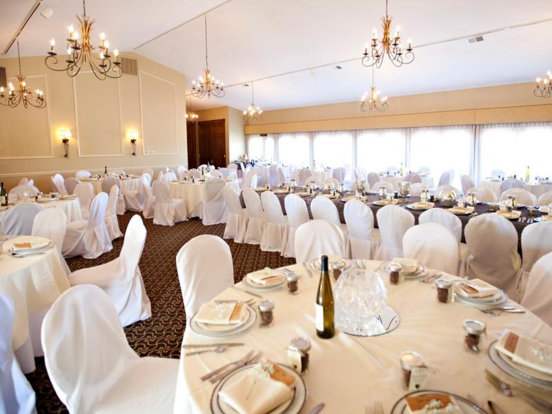wedding venues vineyard room