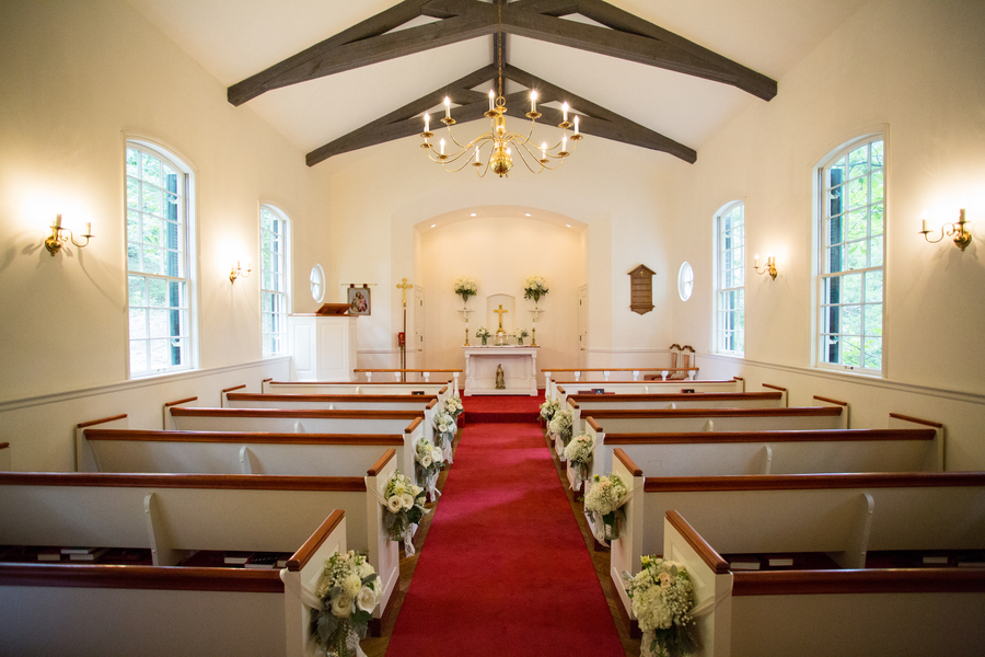 Take In The Beauty And History Of Red Interior Our All Faith S Chapel St Vincent Vineyard You Won T Find Many Small Wedding Chapels
