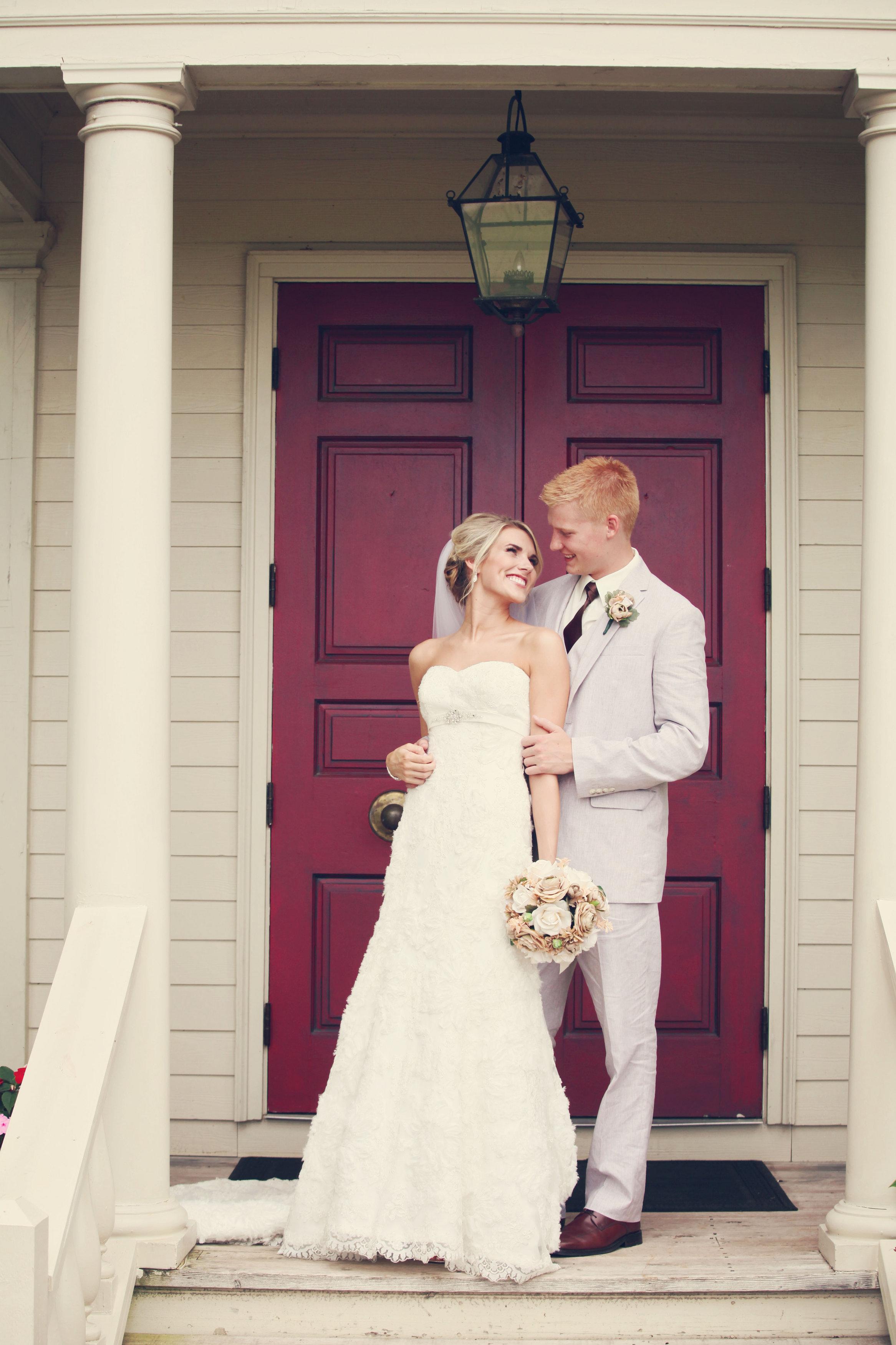 Ashley & Holt's Rustic Barn Wedding   Missouri Rustic Weddings